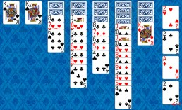 Yukon Solitaire during the game in Solitaire Collection